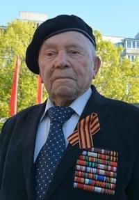 Борис Петрович Пирожков