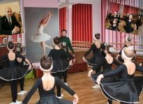 Колодяжный Александр Николаевич. Новый балетный класс в школе № 46.