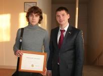 Сагайдак А. С. С учеником школы № 29, получившим именную стипендию Алексея Сагайдака.